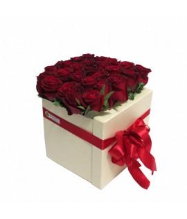 Կոմպոզիցիա 31 (25 վարդ)